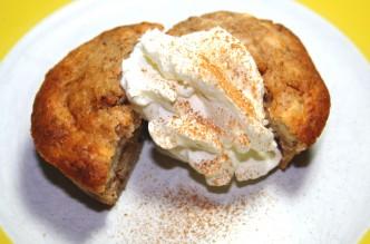 Apfel-Zimt-Muffins mit Walnüssen